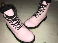Dr Martens baby pink - size 4