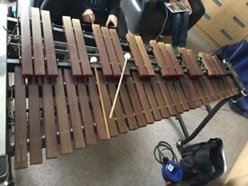 Xylophone: 3.5 octave Musser Kelon M51 pro portable with concert frame