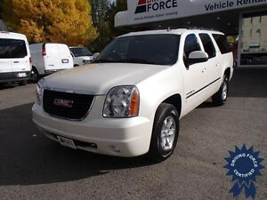 2014 GMC Yukon XL SLT - 8 Passenger, Luggage Rack, 43,334 KMs