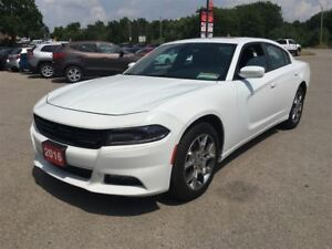 2016 Dodge Charger SXT! NAVIGATION! FACT. REMOTE START! AWD!