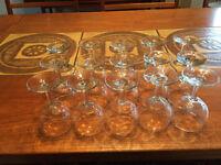 Wine glasses (17)