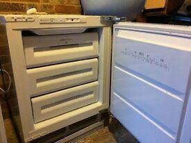 Hotpoint Integrated Freezer HUZ121