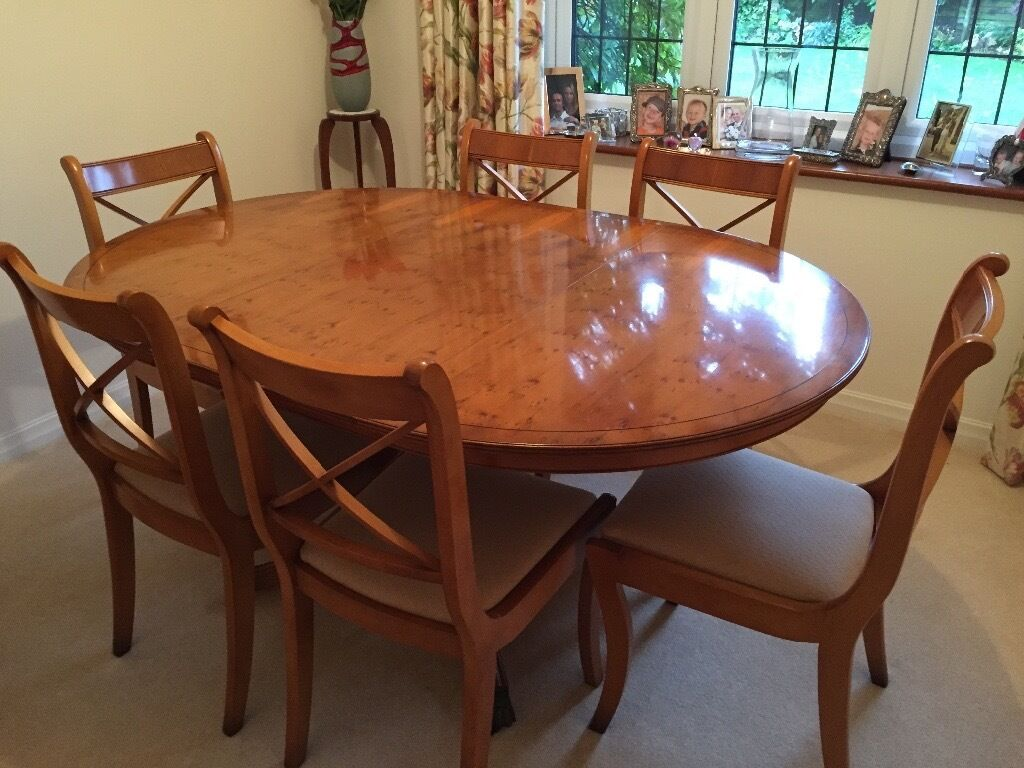 Yew Dining Room Furniture Yew Dining Room Table And Chairs In Earley Berkshire Gumtree