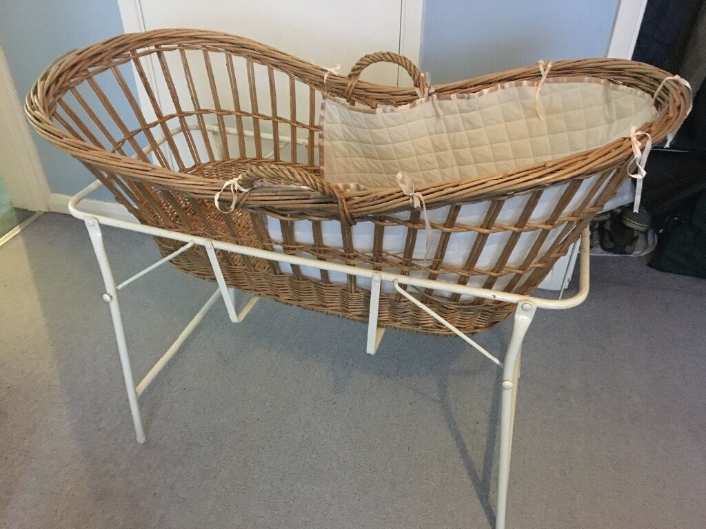 Baby cribs moses baskets - Traditional Osier Wicker Baby S Crib Moses Basket With Stand 10