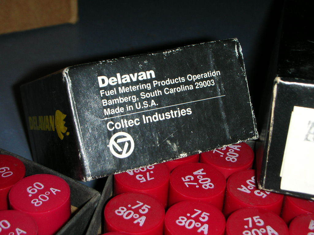 Купить DELAVAN Many - DELAVAN SPRAY TYPE FURNACE OIL BURNING NOZZLES MANY SIZES and TYPES!!