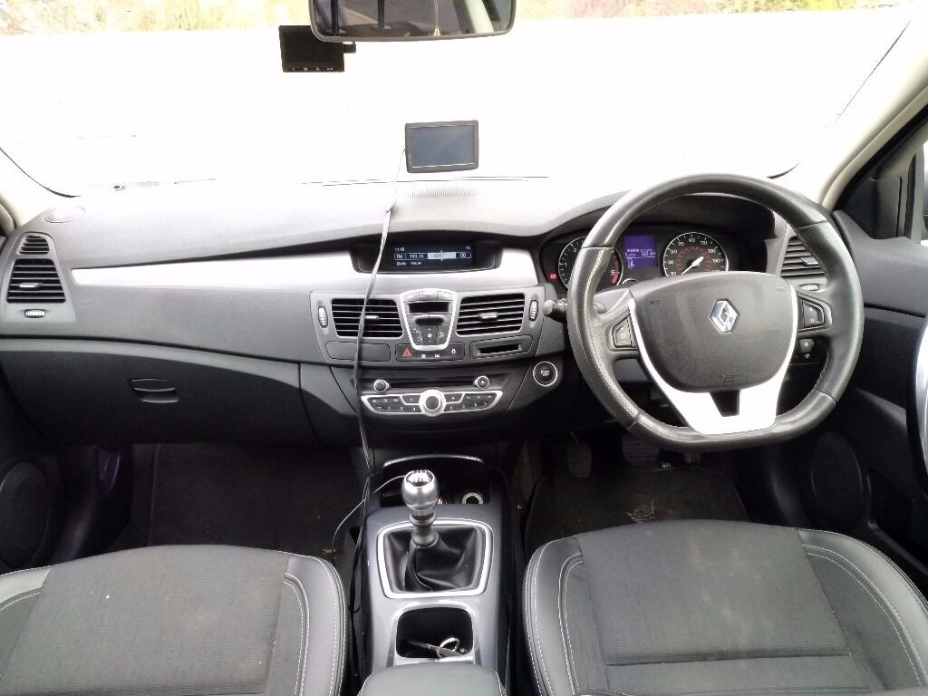 renault laguna 3 2 0 dci estate dynamique gt full service sell or swap to lhd in. Black Bedroom Furniture Sets. Home Design Ideas