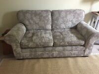 2 sofas in good condition