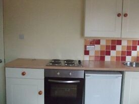 One double bedroom spacious 2nd floor flat suitable for single or couple all bills included.