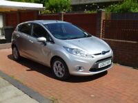 IMMACULATE Ford Fiesta Zetec 5dr - 1.4 Auto - ONLY 4,240 miles!!