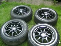 SET 4,ABSOLUTELY STUNNING,BMW,5 X 120 PCD,15 INCH ALLOYS,C/W BMW CENTRES,205/60/15s