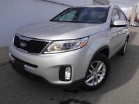 2014 Kia Sorento LX - AWD, Down-Hill Assist & USB/AUX Input