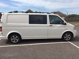 VW T5 LWB with second row of seats. perfect for conversion or as a family van. Drives like a car.