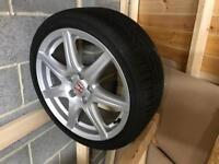 Honda Civic Type R wheel and tyre
