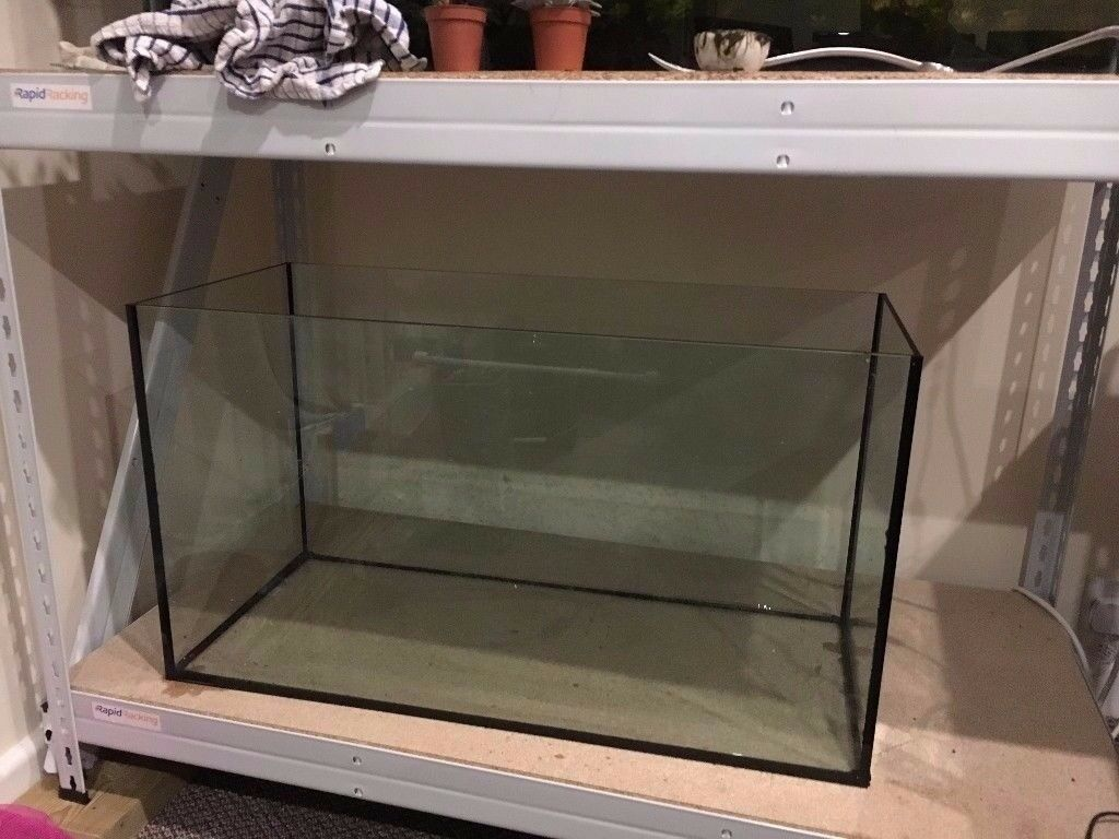 Eheim 126L (29G) Fish Tank / Aquarium + Eheim Heater + Eheim Lights + Fluval U4 Filter + Rocks