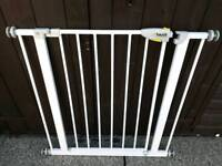 Hauck Baby Gate Pressure Fit I Have 2 Of These For Sale