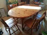 6 Seater Pine extendable Table