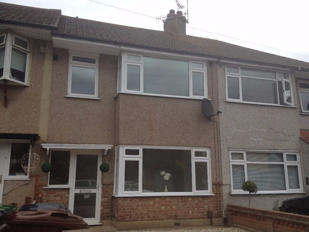 Newly Refurbished 4 Bedroom House To Rent in Dagenham RM10