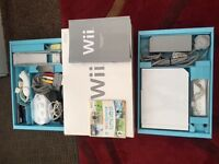 NINTENDO Wii CONSOLE 17 GAMES,WII FIT,REMOTE AND GAMES ACCESSORIES