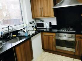 Amazing double room available in archway just 130 pw no fees