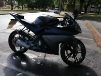 Yamaha yzf r125 + £400 Biker Gear