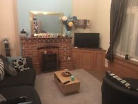 Double room to rent in big 2 bed place