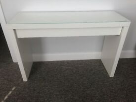 Selling Dressing Table