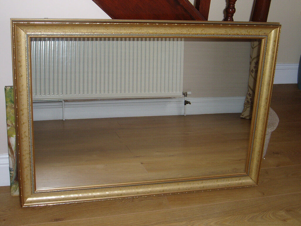 LARGE FRAMED MIRROR 103 cm x 73 cm