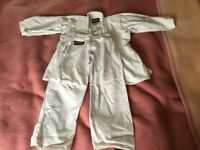 Children's judo kit size 1/140 in white, used