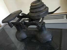 Old cast iron weight scales in original finish. Plus small set of weights