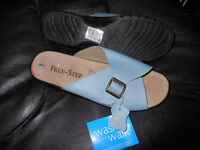 BRAND NEW WITH TAGS LADIES FREE STEP WASH AND WALK SANDALS SIZE 8