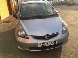 Honda jazz 1.2 silver mot 14/6/18 full service history 1 former owner recently been serviced