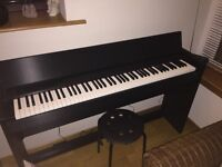Roland F-120 Digital Piano