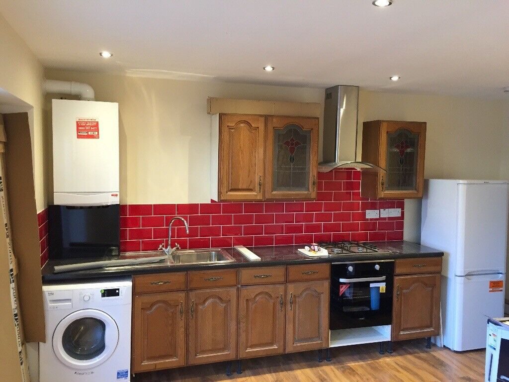 LEYTONSTONE NEW 2 BED GROUND FLOOR FLAT DUEL