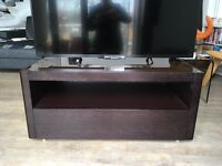Beautiful and modern TV cabinet unit in great condition