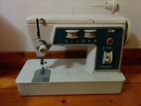 Singer sewing machine (1970s)