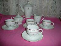 Queen Elizabeth 11 2002 Golden Jubilee Commenerative Tea Set