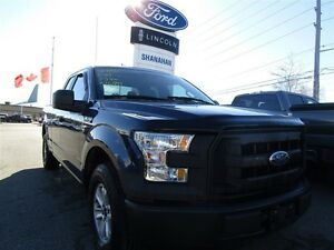 2015 Ford F-150 XL | 6 PASSENGER SEATING |
