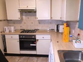 **** Newly Furnished 1 bedroom flat ****