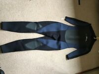 Mens Gul wetsuit size 97/101cm used once