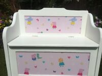 Peppa Pig Toybox/Seat