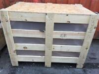 Wooden crate, wooden storage crate with lid, wooden box