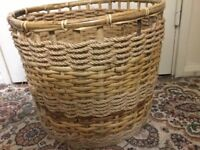 Wicker basket in very good condition only £5
