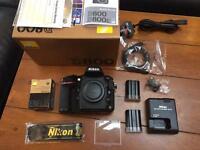 Nikon D800 body only + 2 batteries
