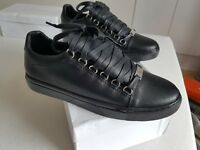 Belenciaga mens trainers black 40