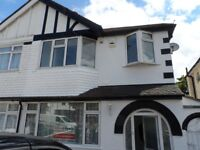 3-4 Bed House off-street parking driveway Northolt Oldfield Circus Greenford Ealing Sudbury Harrow