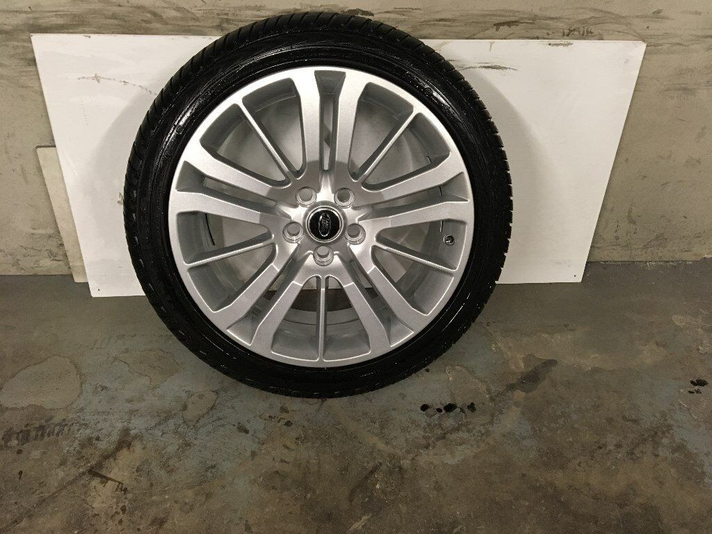 ALLOYS X 5 OF 20 INCH GENUINE RANGEROVER HSE OR DISCOVERY FULLY POWDERCOATED INA STUNNING NEW SILVER