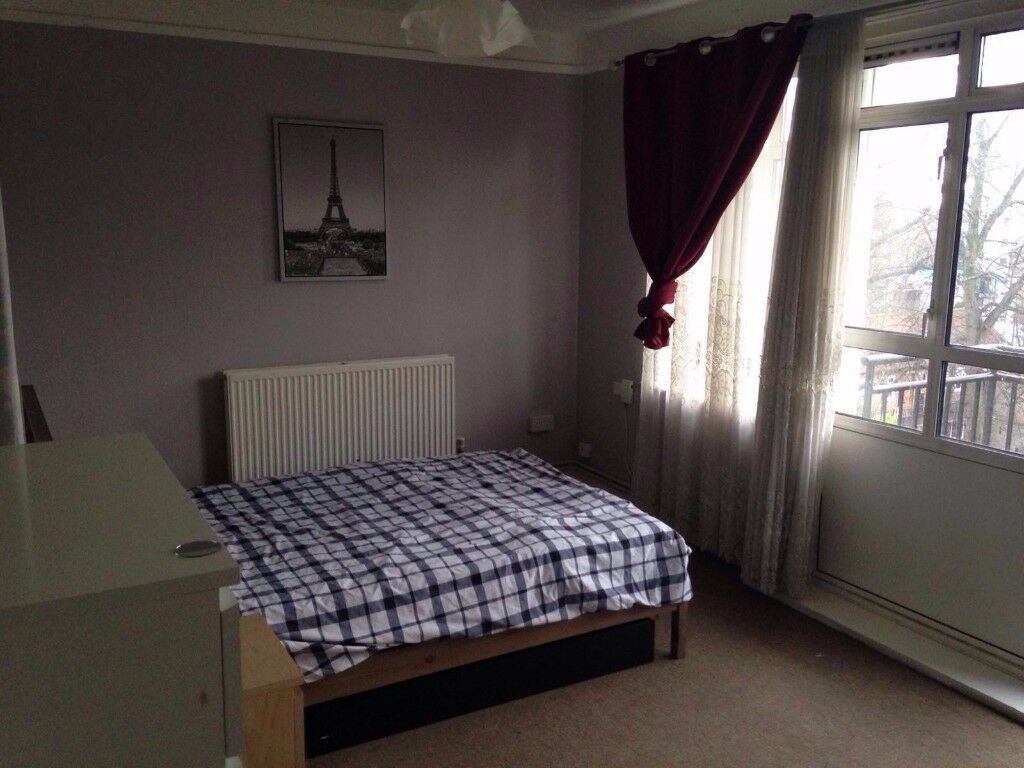 Stunning couple room in Kilburn available NOW for £230pw with all bills included and free Wifi