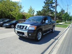 2014 Nissan Titan LEATHER, SUNROOF, NAVIGATION