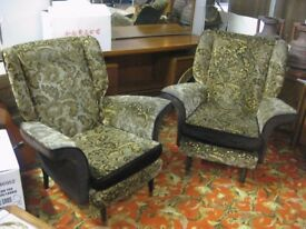 2 X VINTAGE PAIR OF PARKER KNOLL WING BACK ARMCHAIRS