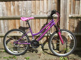 Girls' bike for ages 6-10